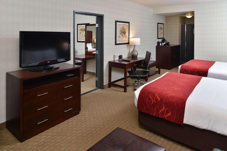 Room - Comfort Suites Tukwila