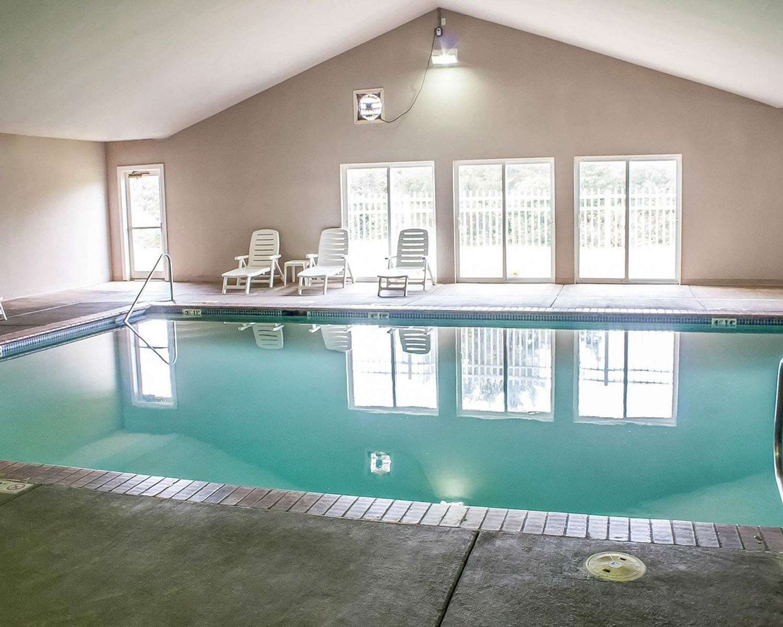 Pool - Comfort Inn & Suites Ocean Shores
