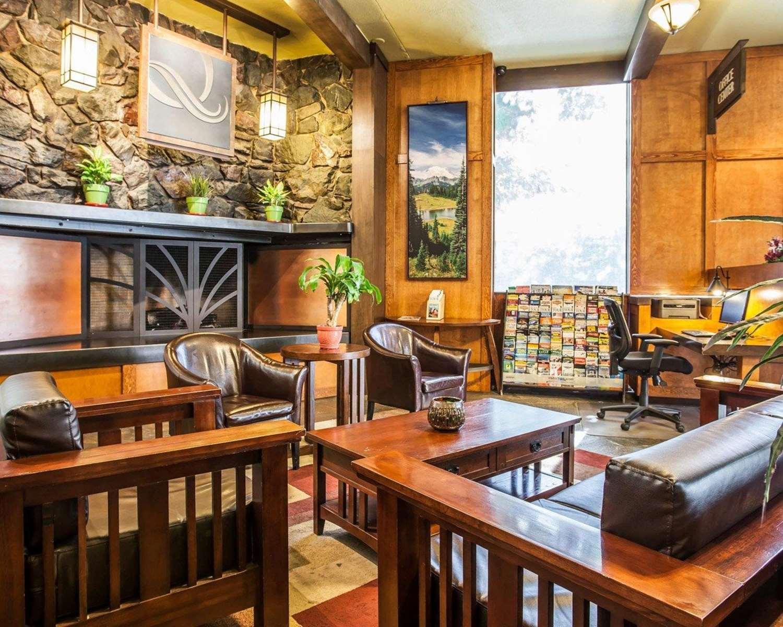 Lobby - Quality Inn & Suites Seattle