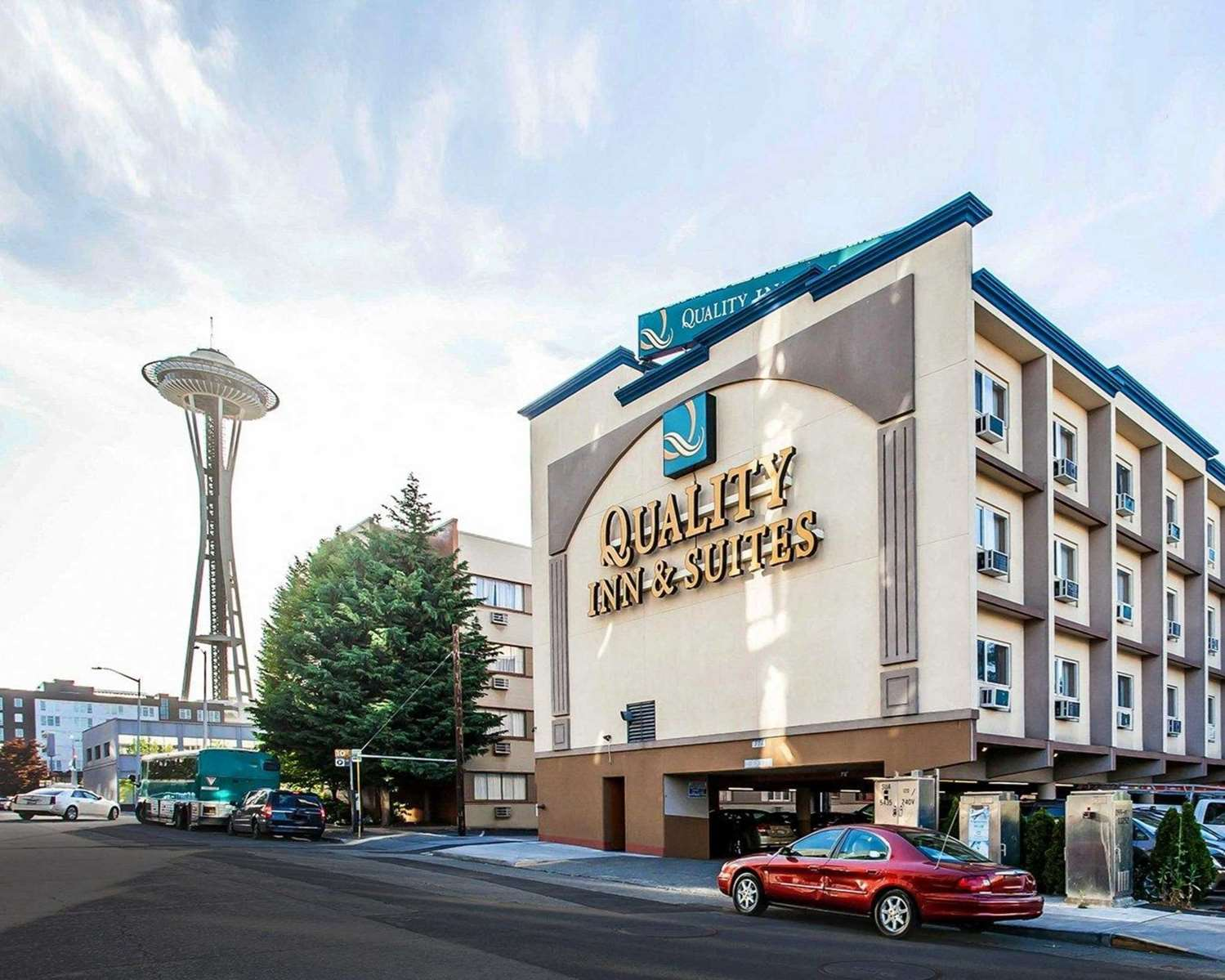 Exterior view - Quality Inn & Suites Seattle