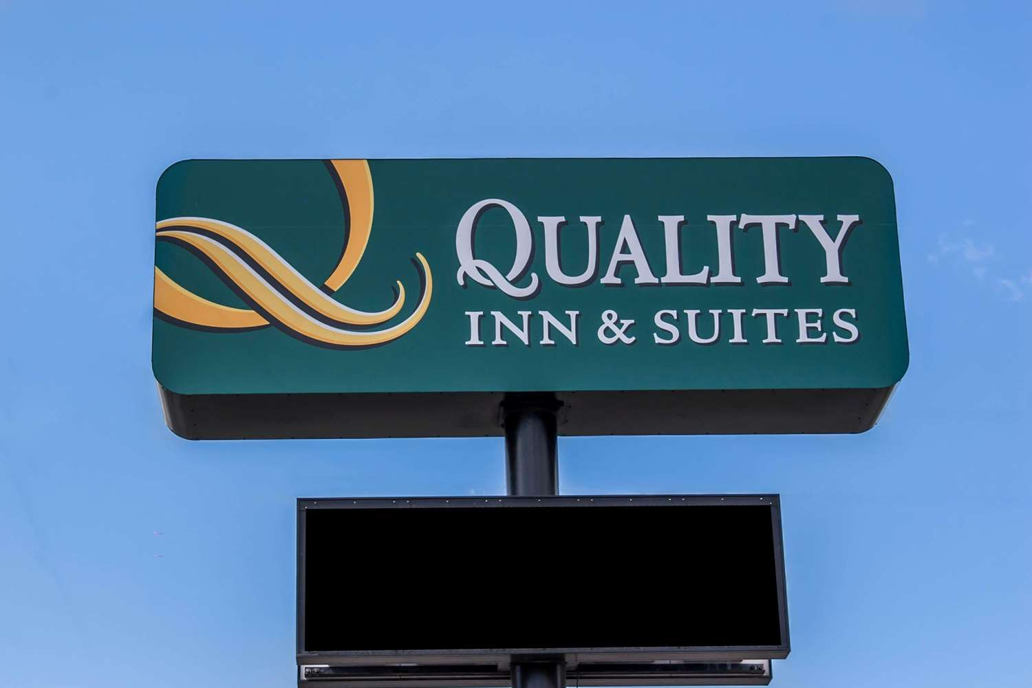 Exterior view - Quality Inn & Suites Fife
