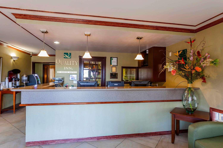 Lobby - Quality Inn Arlington