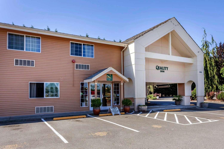 Exterior view - Quality Inn Arlington