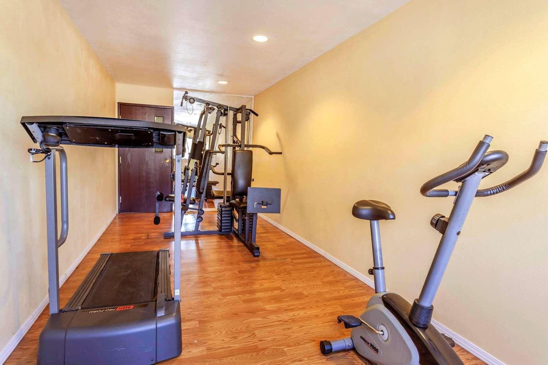 Fitness/ Exercise Room - Quality Inn Arlington