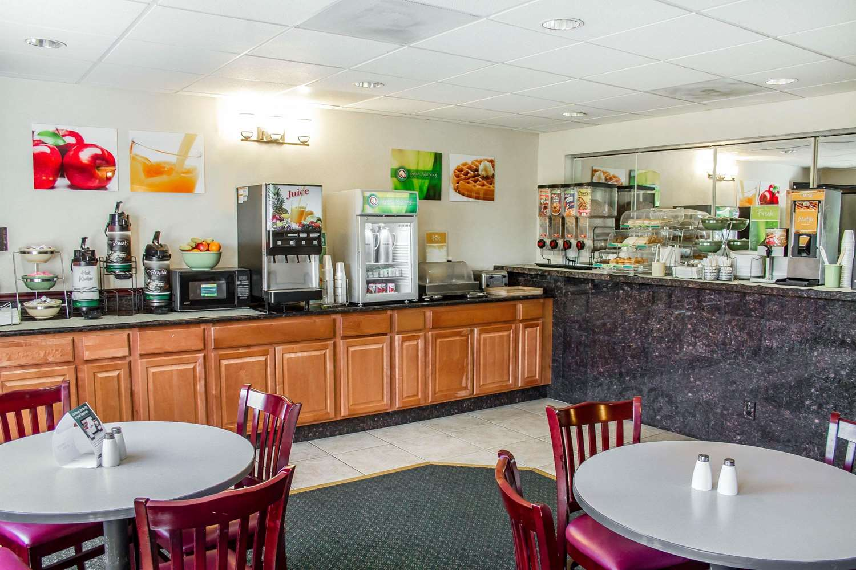 Restaurant - Quality Inn & Suites Longview