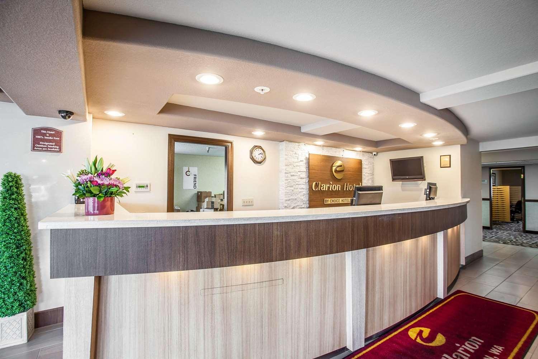 Lobby - Clarion Hotel Renton
