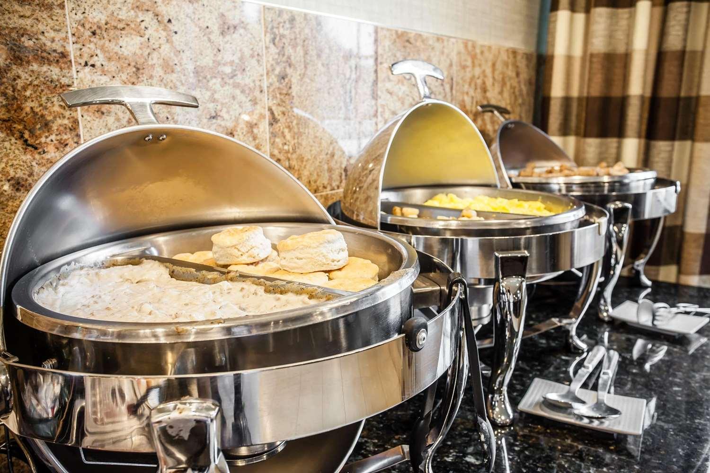 Restaurant - Clarion Hotel Renton