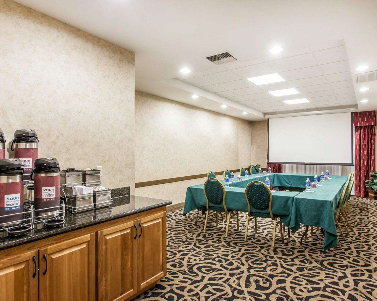 Meeting Facilities - Comfort Suites Wenatchee