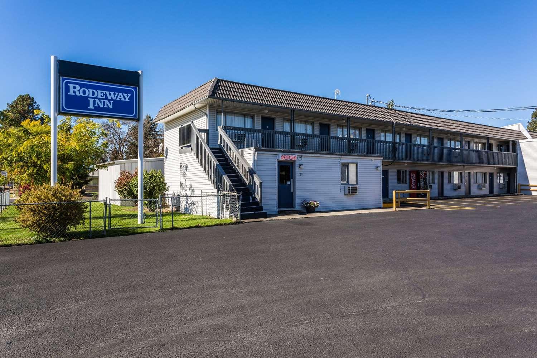 Exterior view - Rodeway Inn North Spokane