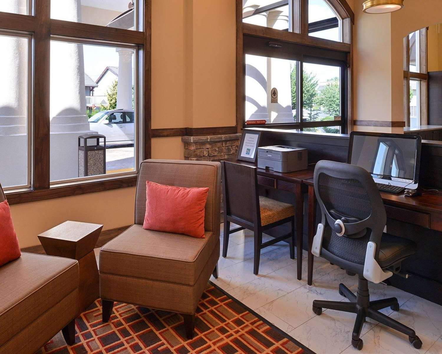 Conference Area - Quality Inn & Suites Tacoma