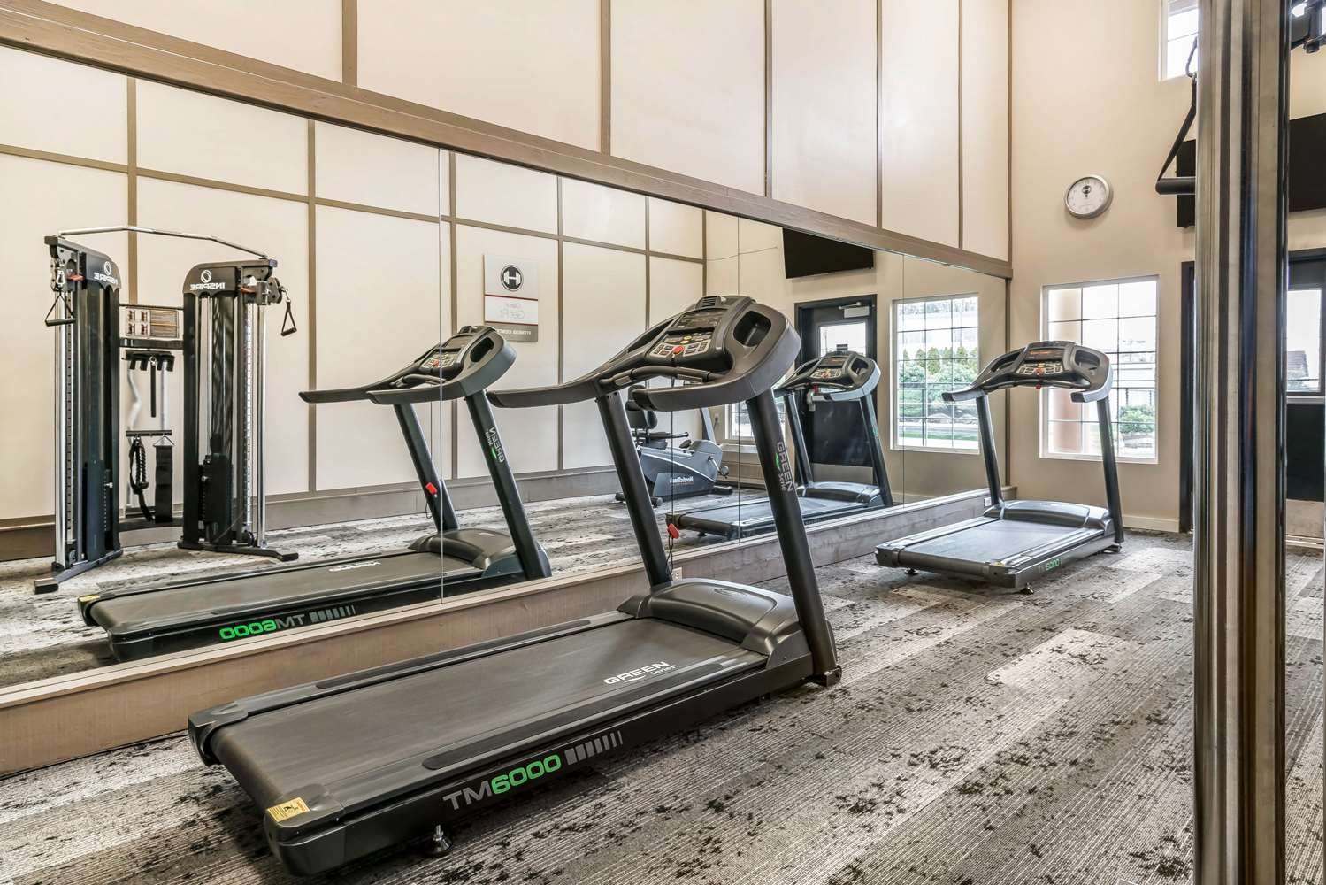 Fitness/ Exercise Room - Clarion Inn Tacoma Mall