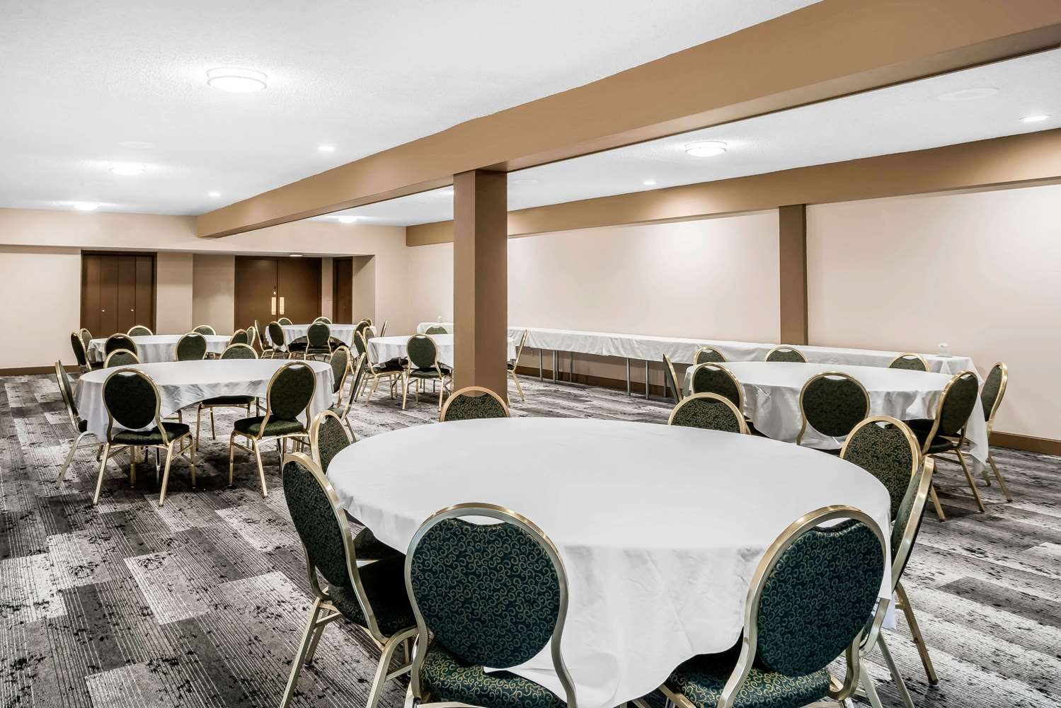 Meeting Facilities - Clarion Inn Tacoma Mall