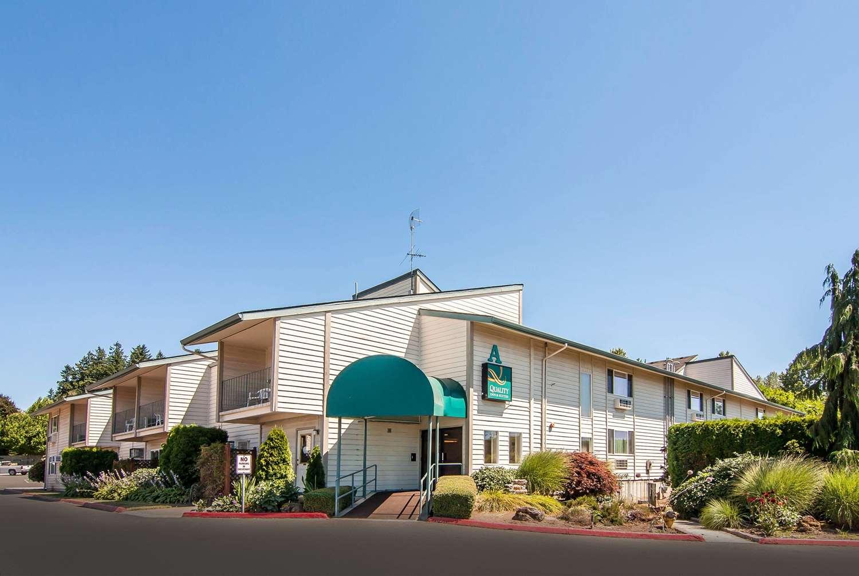 Exterior view - Quality Inn & Suites Vancouver