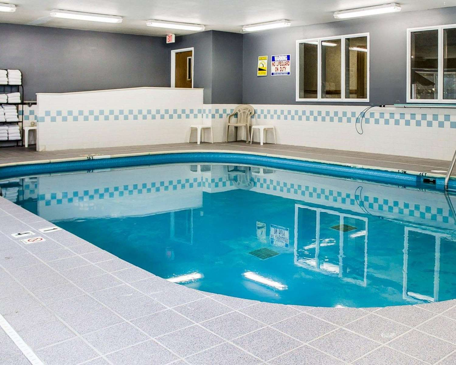 Quality Inn Amp Suites Sturgeon Bay Wi See Discounts