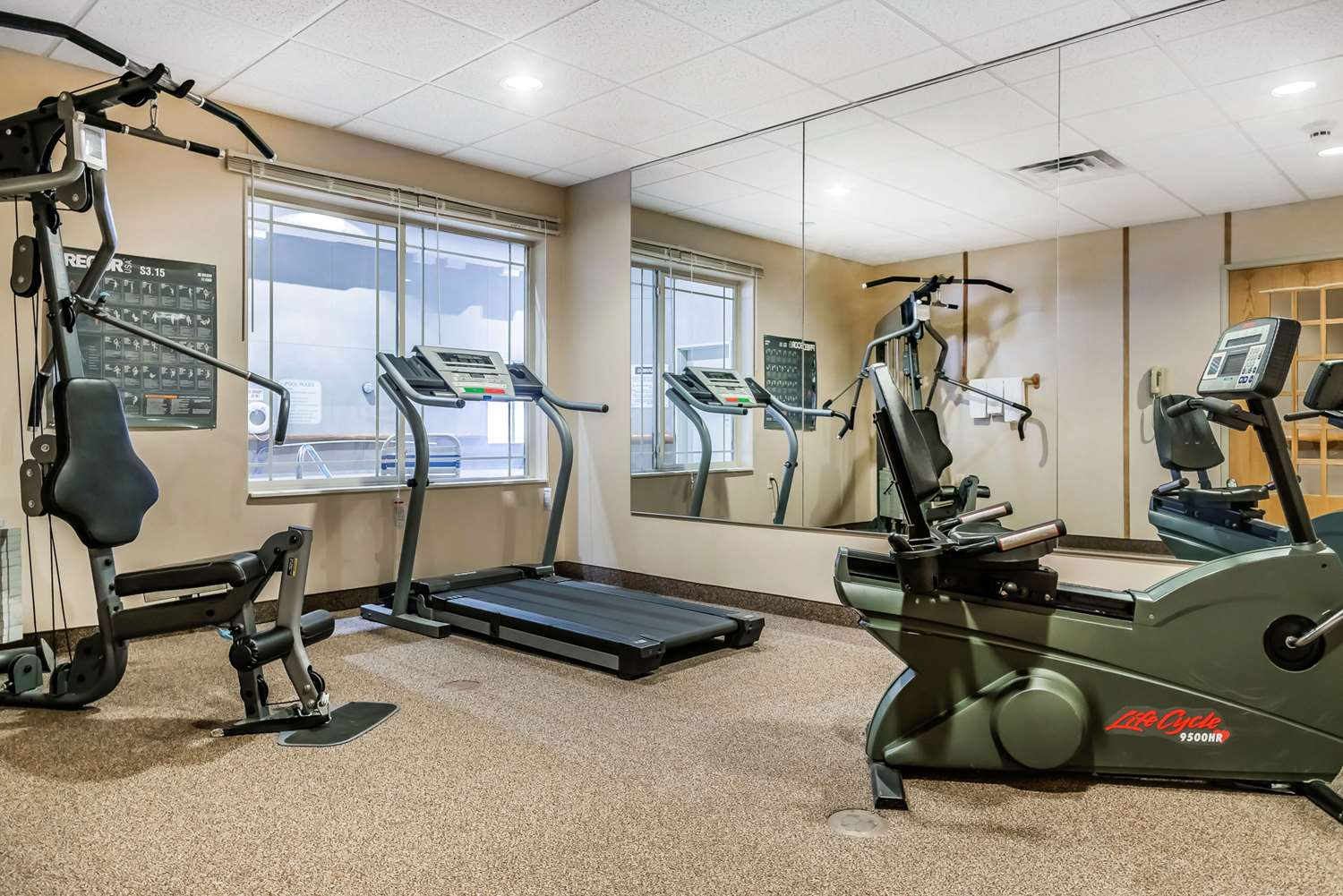 Fitness/ Exercise Room - Rodeway Inn & Suites Tomahawk