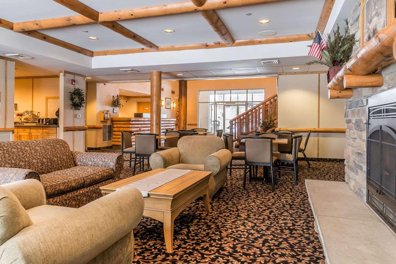 Lobby - Rodeway Inn & Suites Tomahawk
