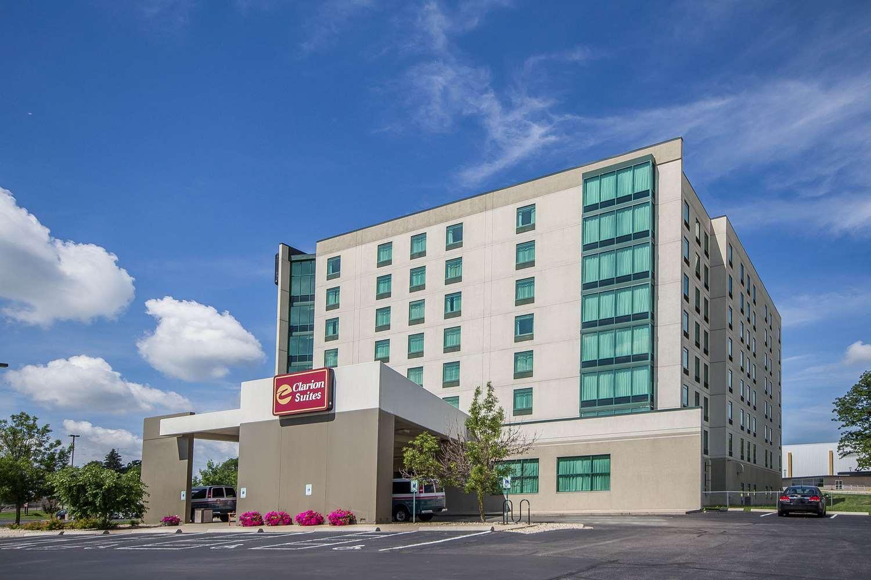 Exterior view - Clarion Suites Madison
