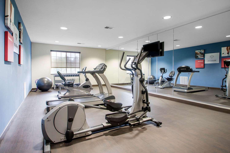 Fitness/ Exercise Room - Comfort Suites Johnson Creek