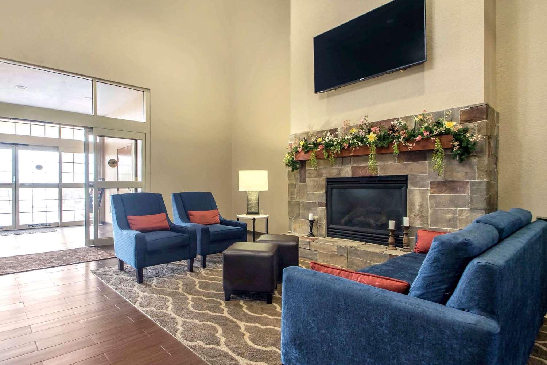 Lobby - Comfort Suites Johnson Creek