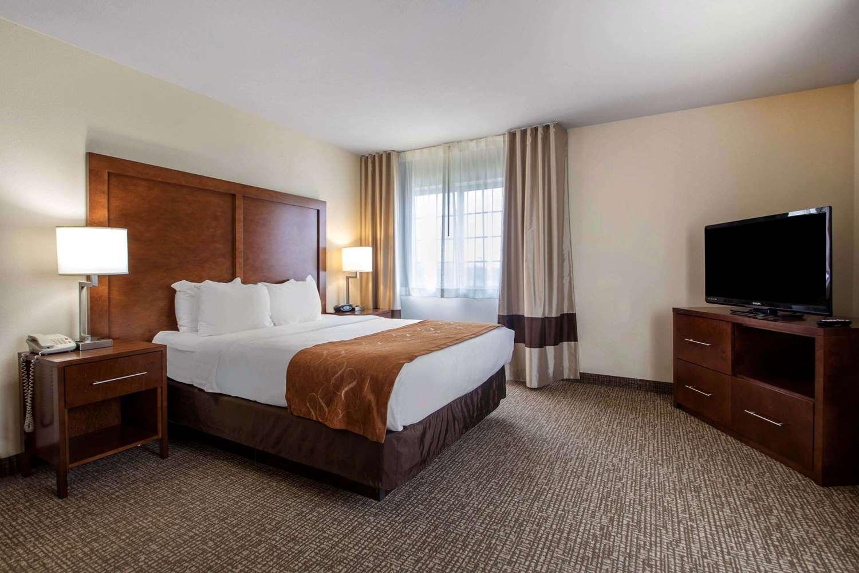 Suite - Comfort Suites Johnson Creek