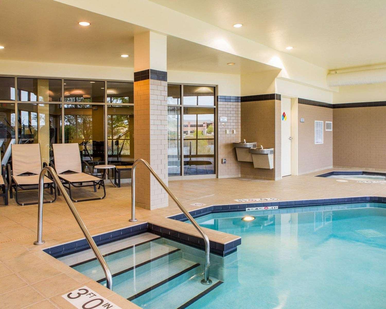 Pool - Cambria Suites Madison