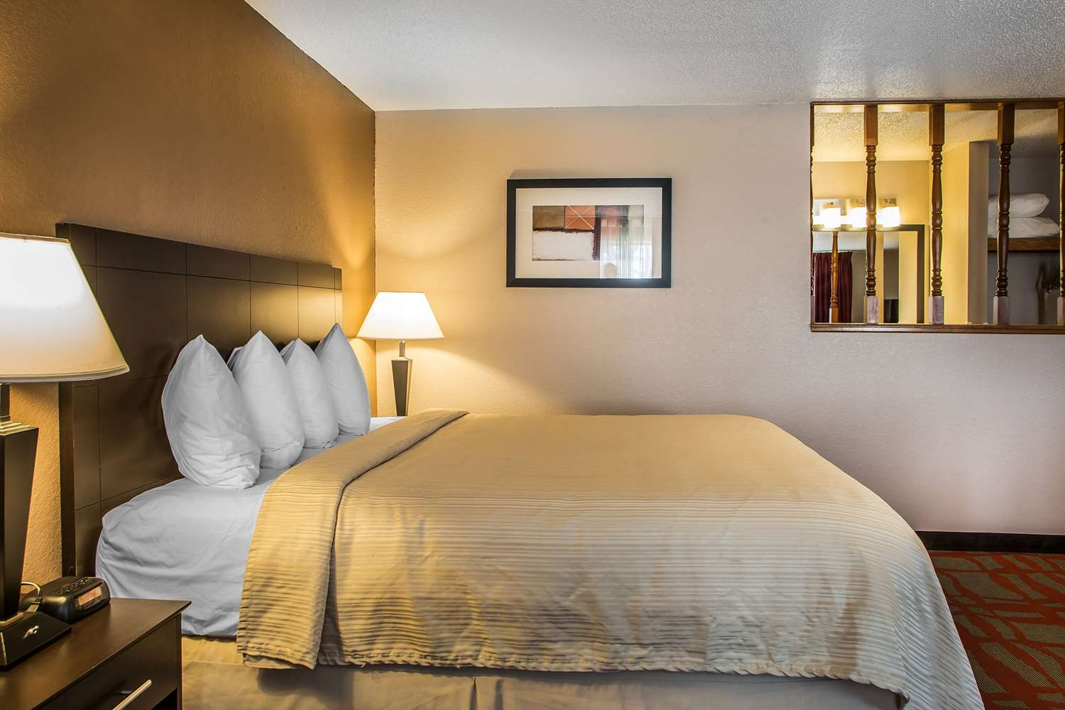 Suite - Quality Inn & Suites West Bend