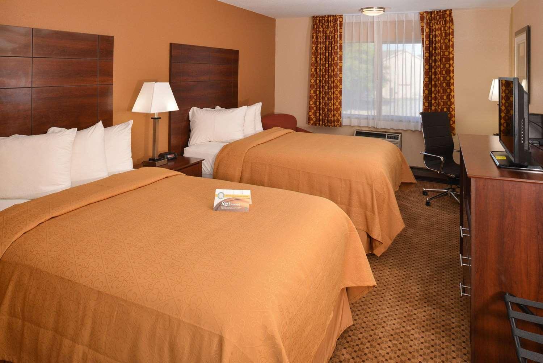 Room - Quality Inn Appleton