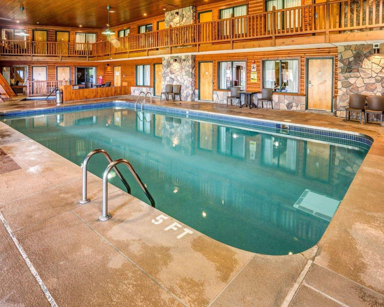 Pool - Quality Inn Ashland