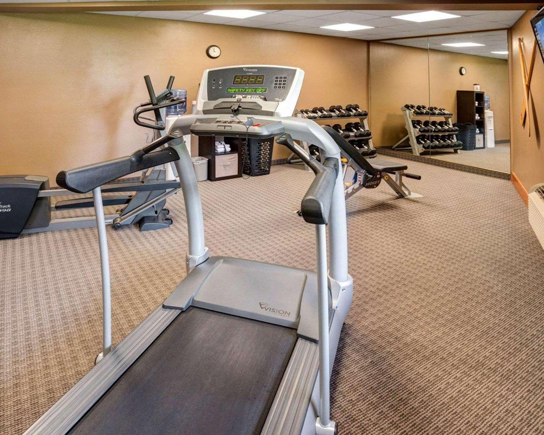Fitness/ Exercise Room - Quality Inn Ashland