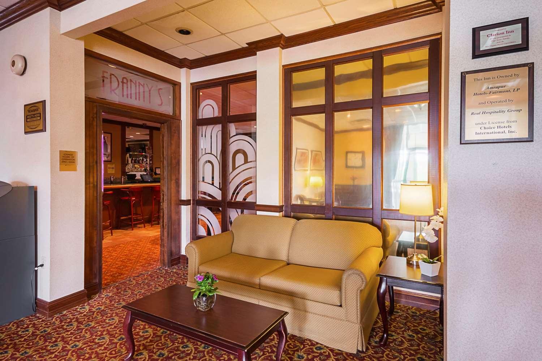 Lobby - Clarion Inn Fairmont