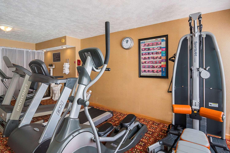 Fitness/ Exercise Room - Clarion Inn Fairmont