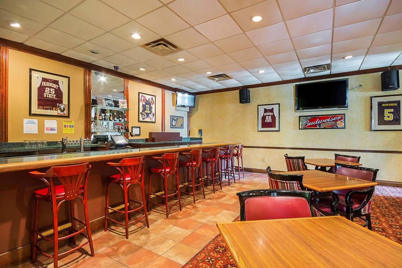 Restaurant - Clarion Inn Fairmont