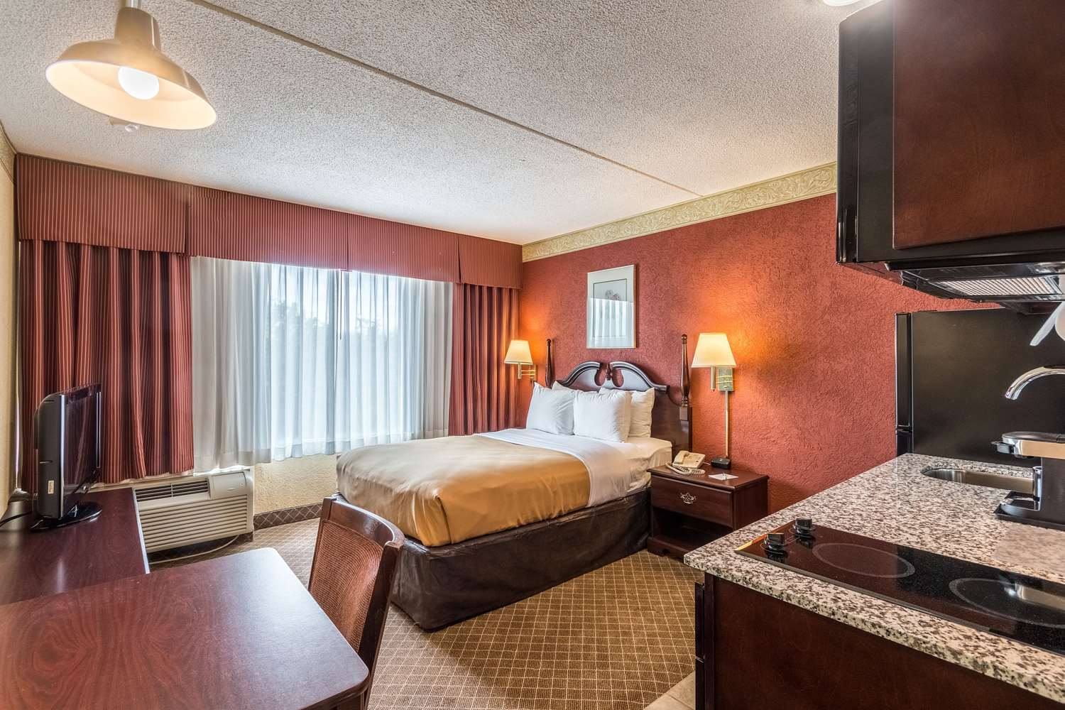 Room - Suburban Extended Stay Hotel Fairmont