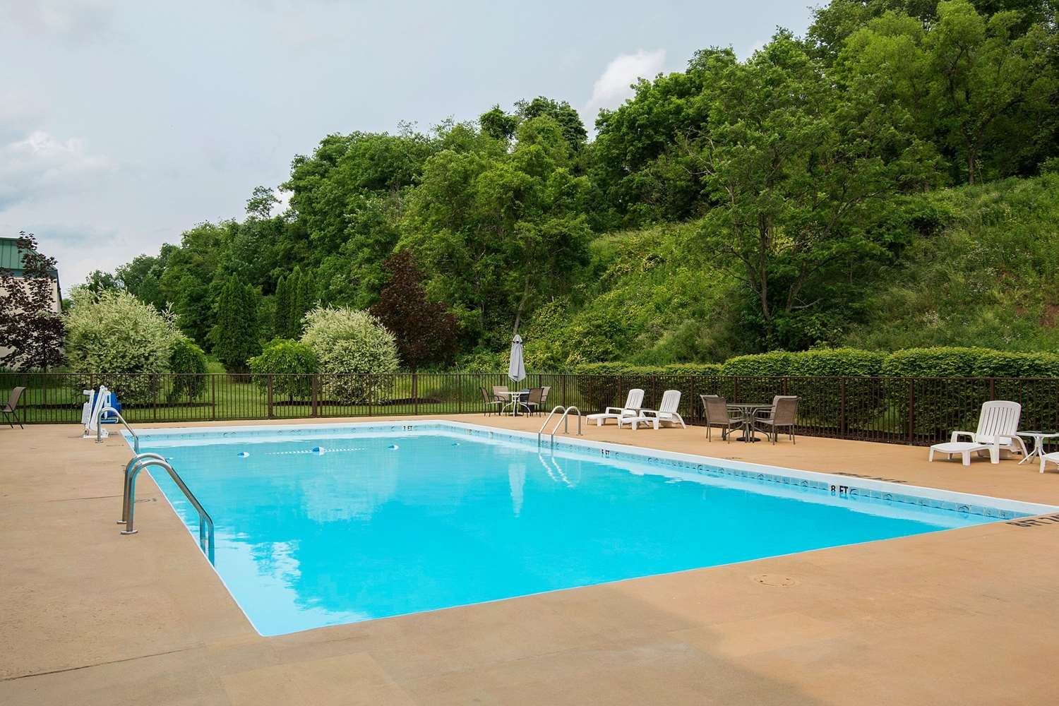 Pool - Suburban Extended Stay Hotel Fairmont