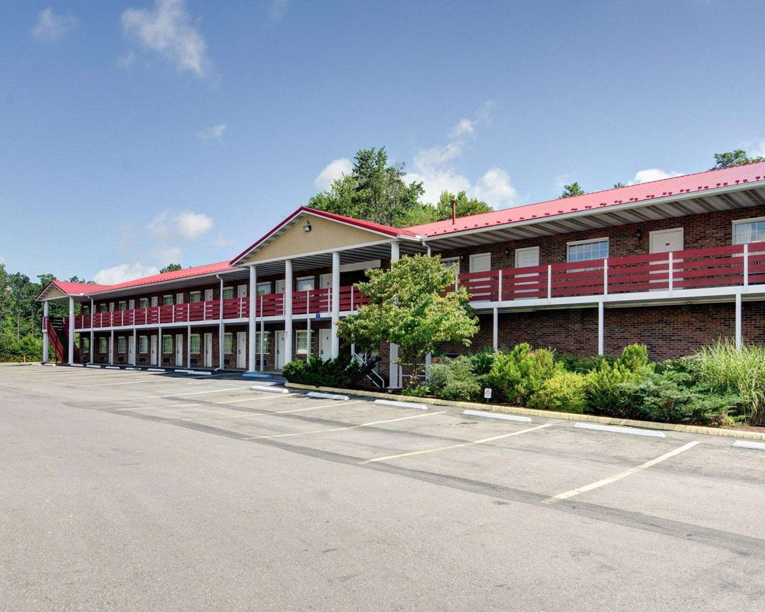Exterior view - Quality Inn New River Gorge Fayetteville