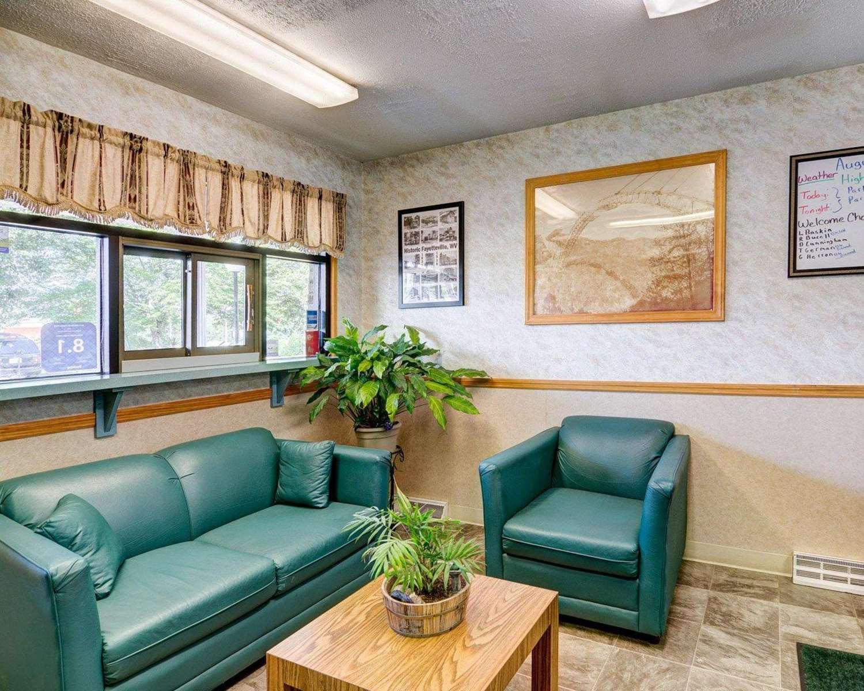 Lobby - Quality Inn New River Gorge Fayetteville
