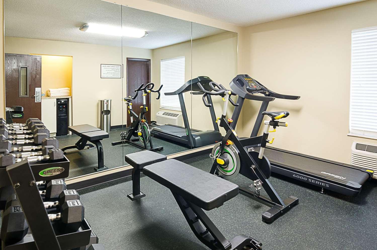 Fitness/ Exercise Room - Quality Inn Princeton