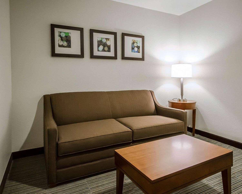 Suite - Comfort Inn Ferdinand