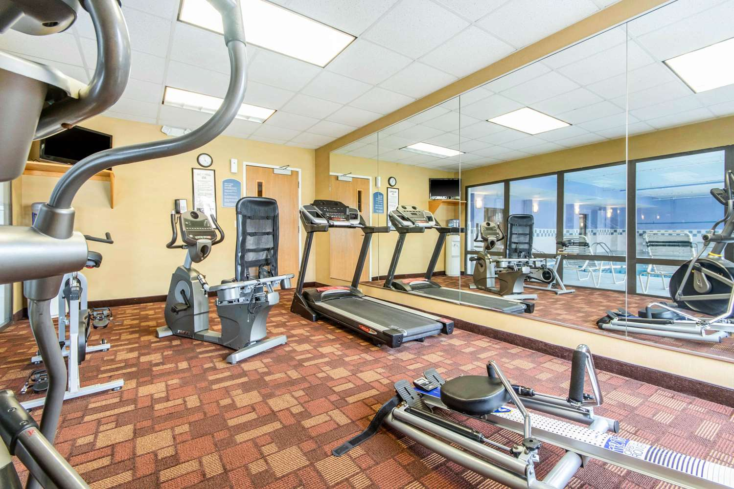 Fitness/ Exercise Room - Quality Inn & Suites Lawrenceburg