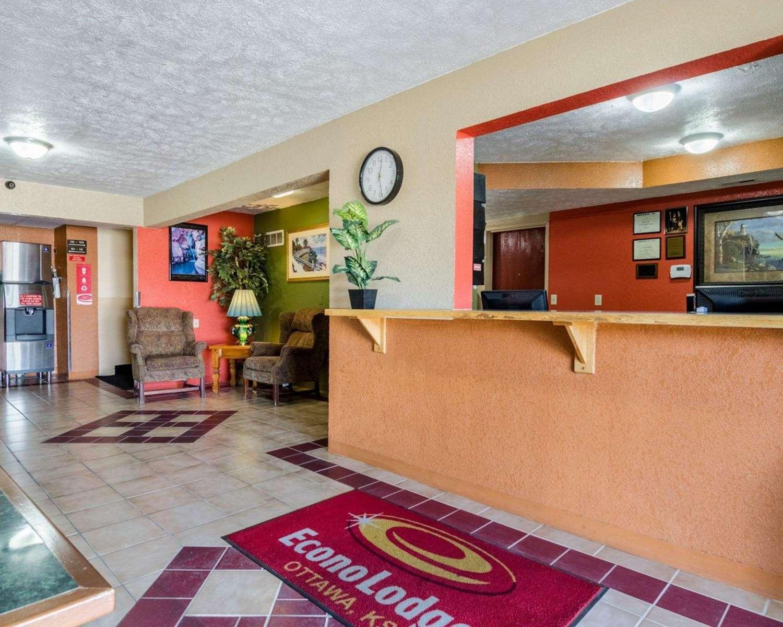 Lobby - Econo Lodge Ottawa