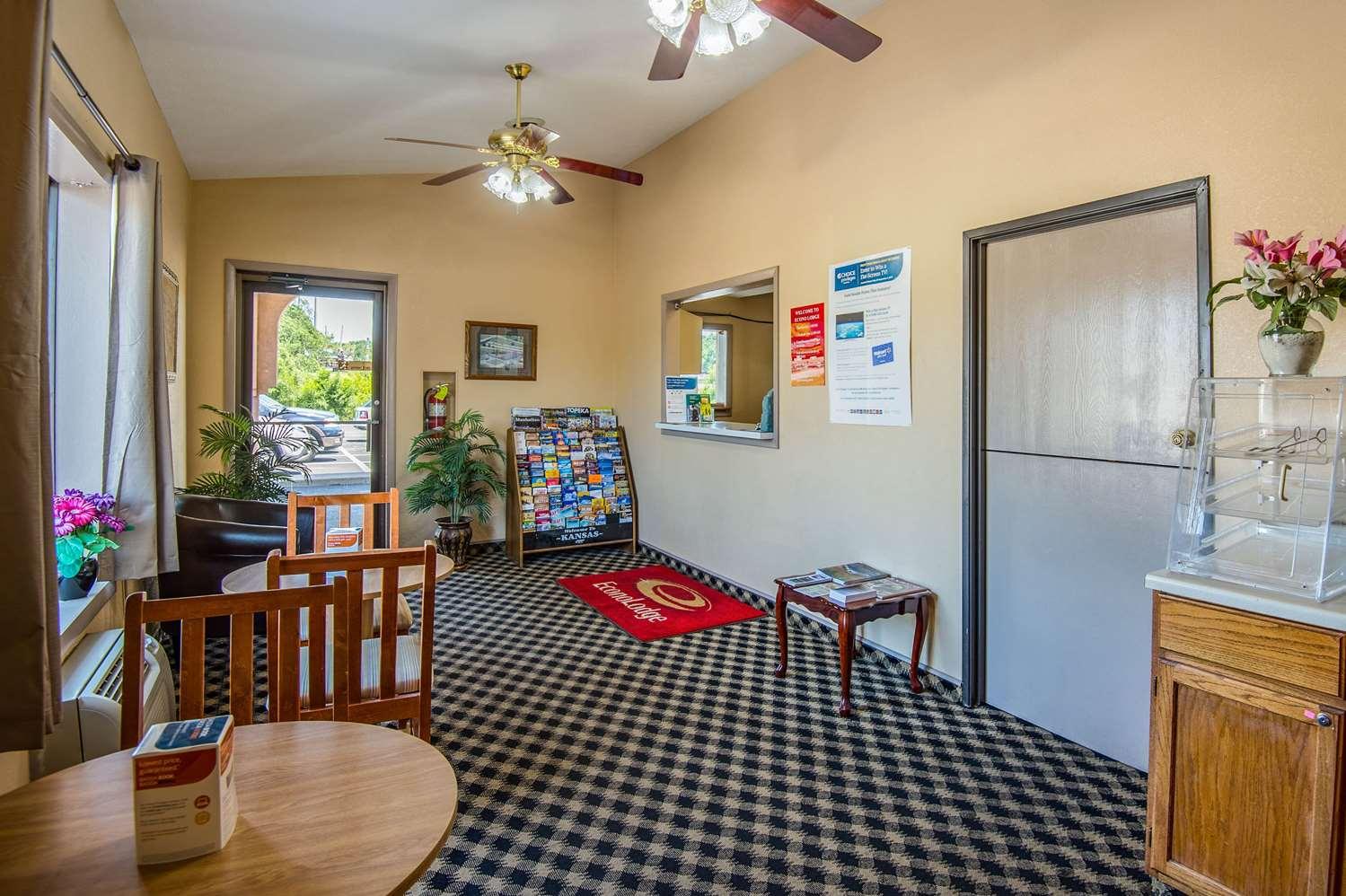 Lobby - Econo Lodge Junction City