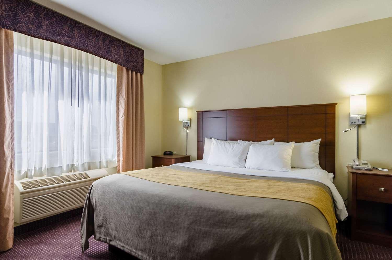 Suite - Comfort Inn Colby
