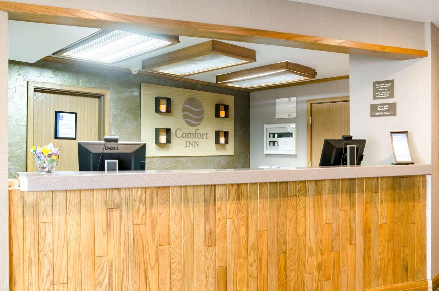 Lobby - Comfort Inn Colby