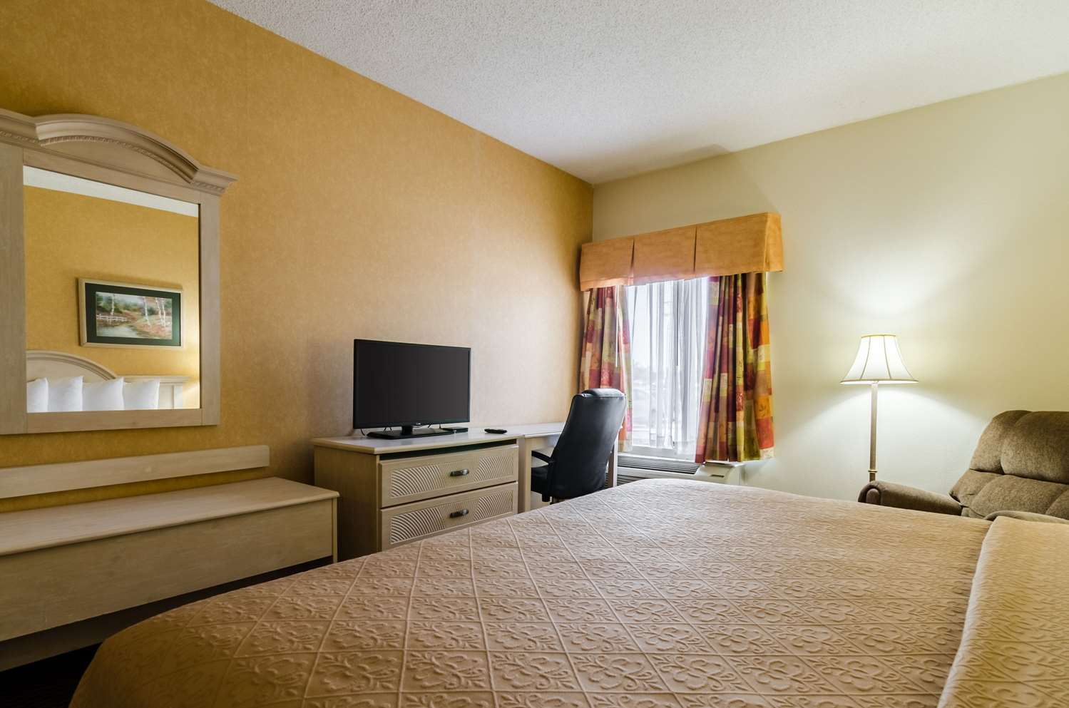 Suite - Quality Inn Manhattan