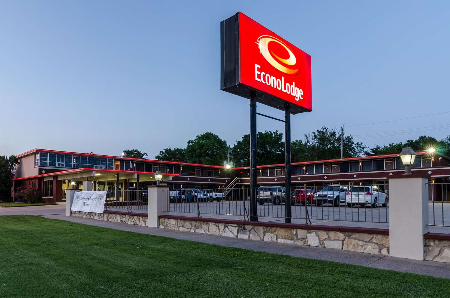 Other - Econo Lodge Winfield