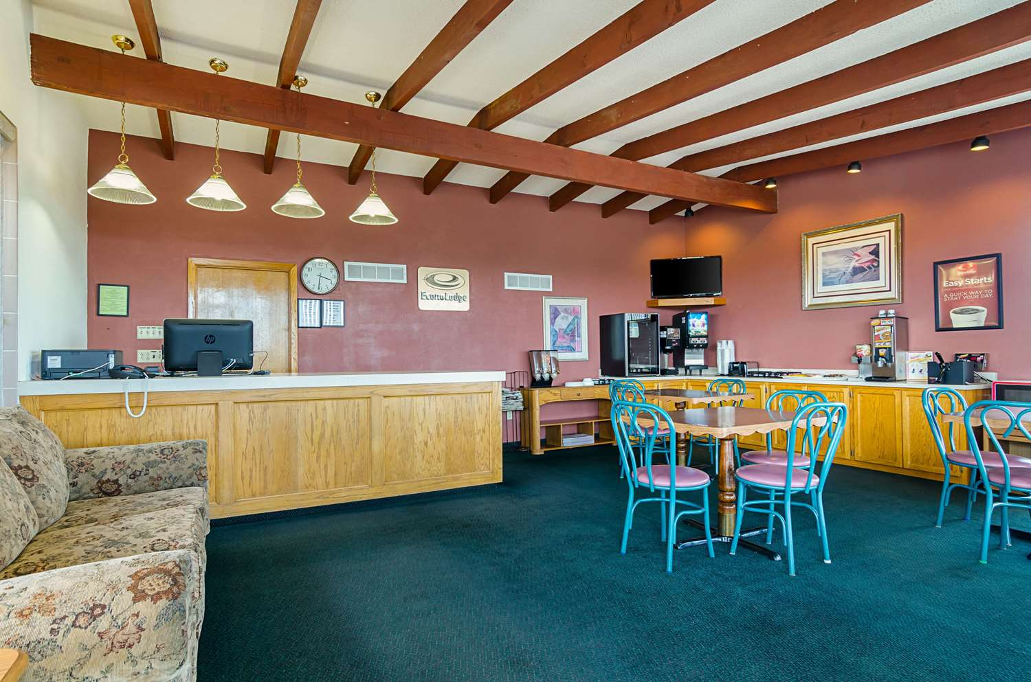 Lobby - Econo Lodge WaKeeney