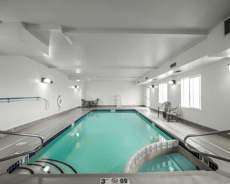 Pool - Sleep Inn & Suites Salina