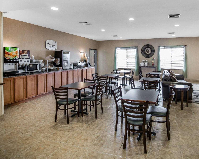 Restaurant - Sleep Inn & Suites Salina