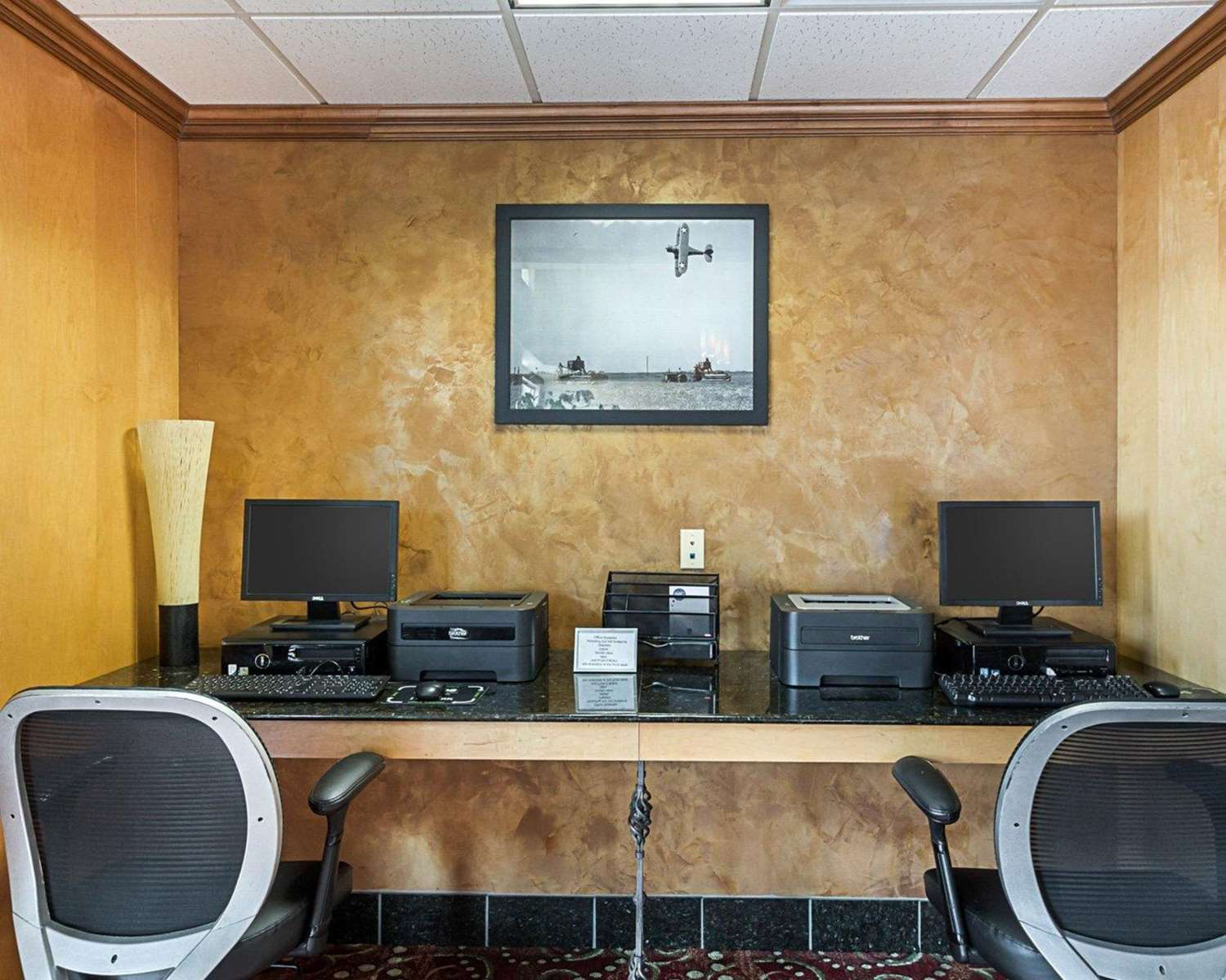 Conference Area - Comfort Suites Airport Wichita