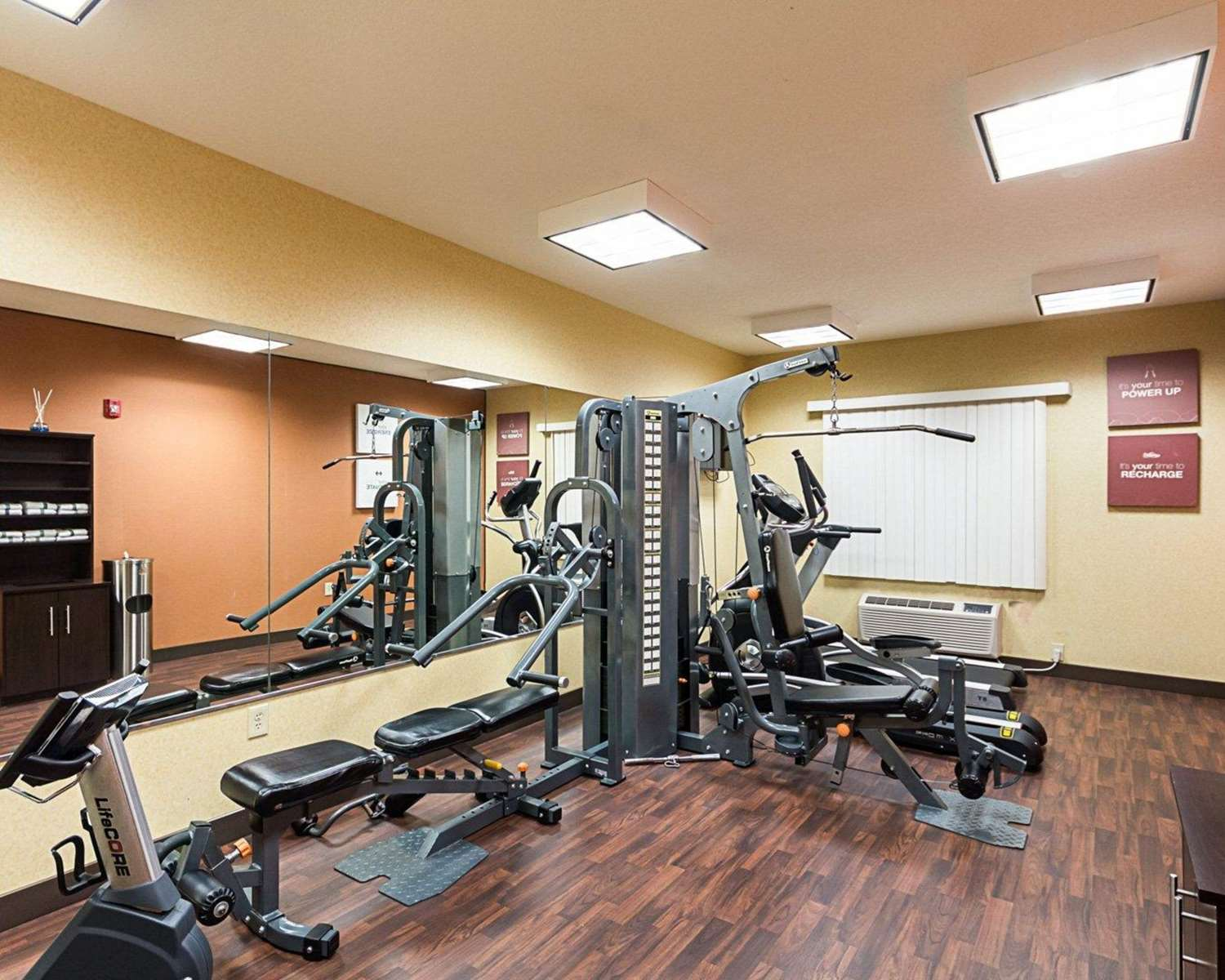 Fitness/ Exercise Room - Comfort Suites Airport Wichita